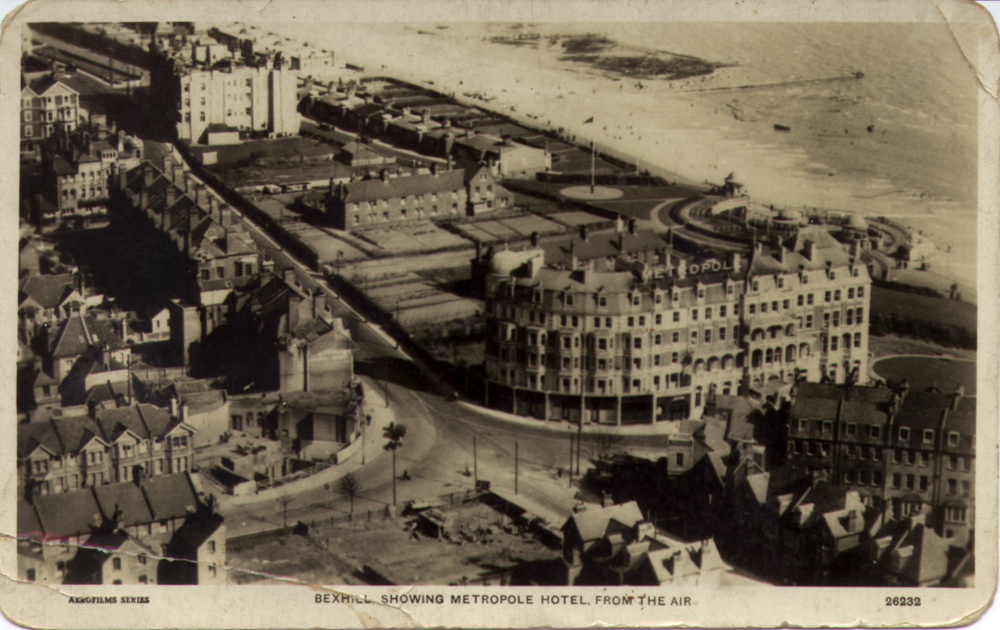 metropole-from-air-c1929-1